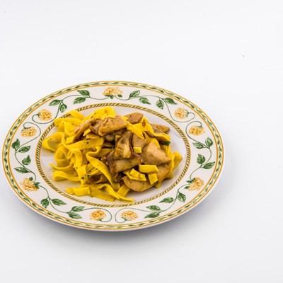 tagliatelle-di-pasta-fresca-a-funghi-vecchio-palazzo-flb-0511.jpg