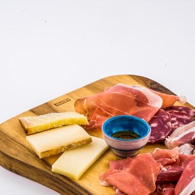 tagliere-salumi-e-formaggi-vecchio-palazzo-flb-0596.jpg
